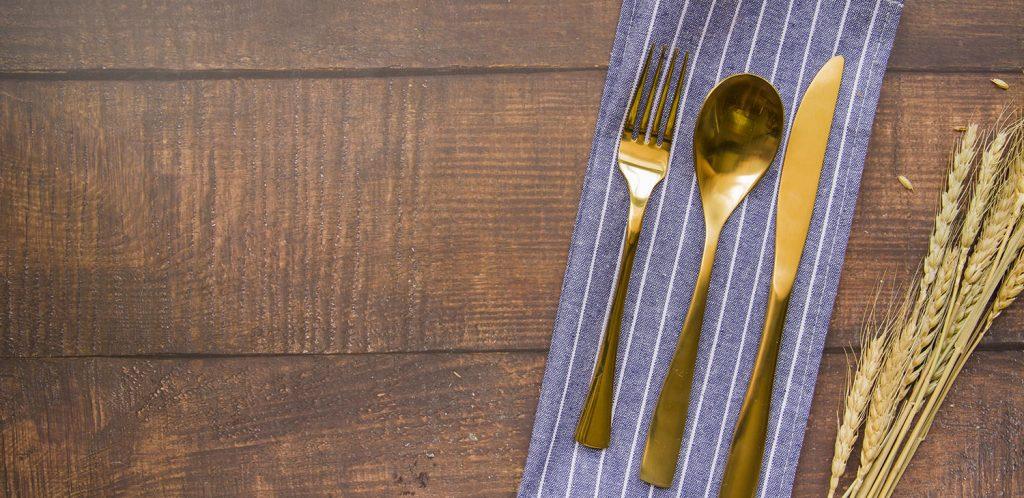 Serviettes de table en tissu : astuces zéro déchet